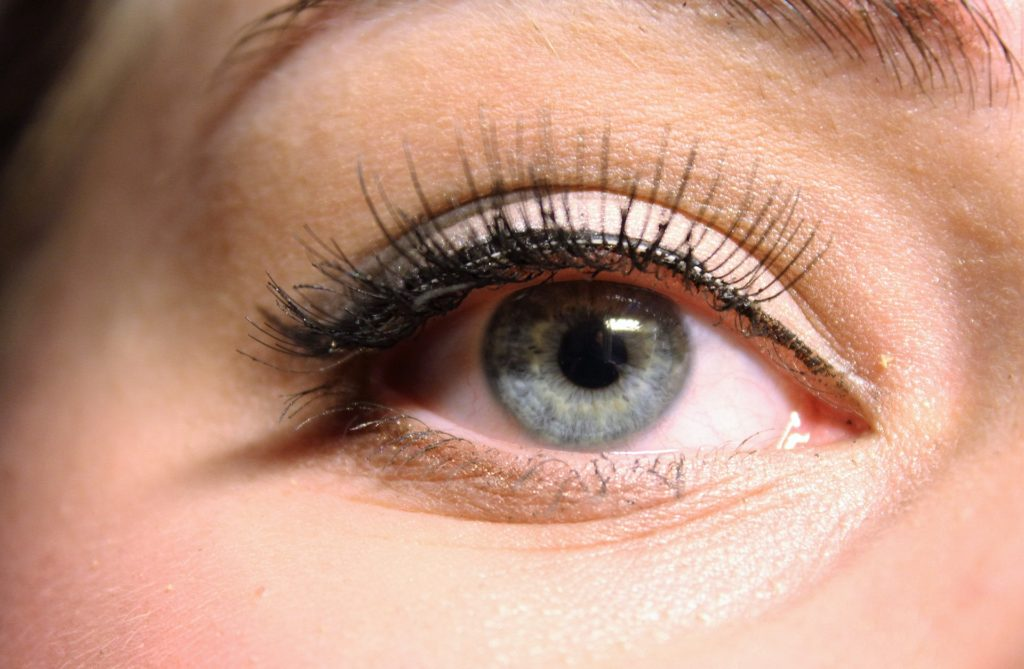 the-eye-1684961_1920